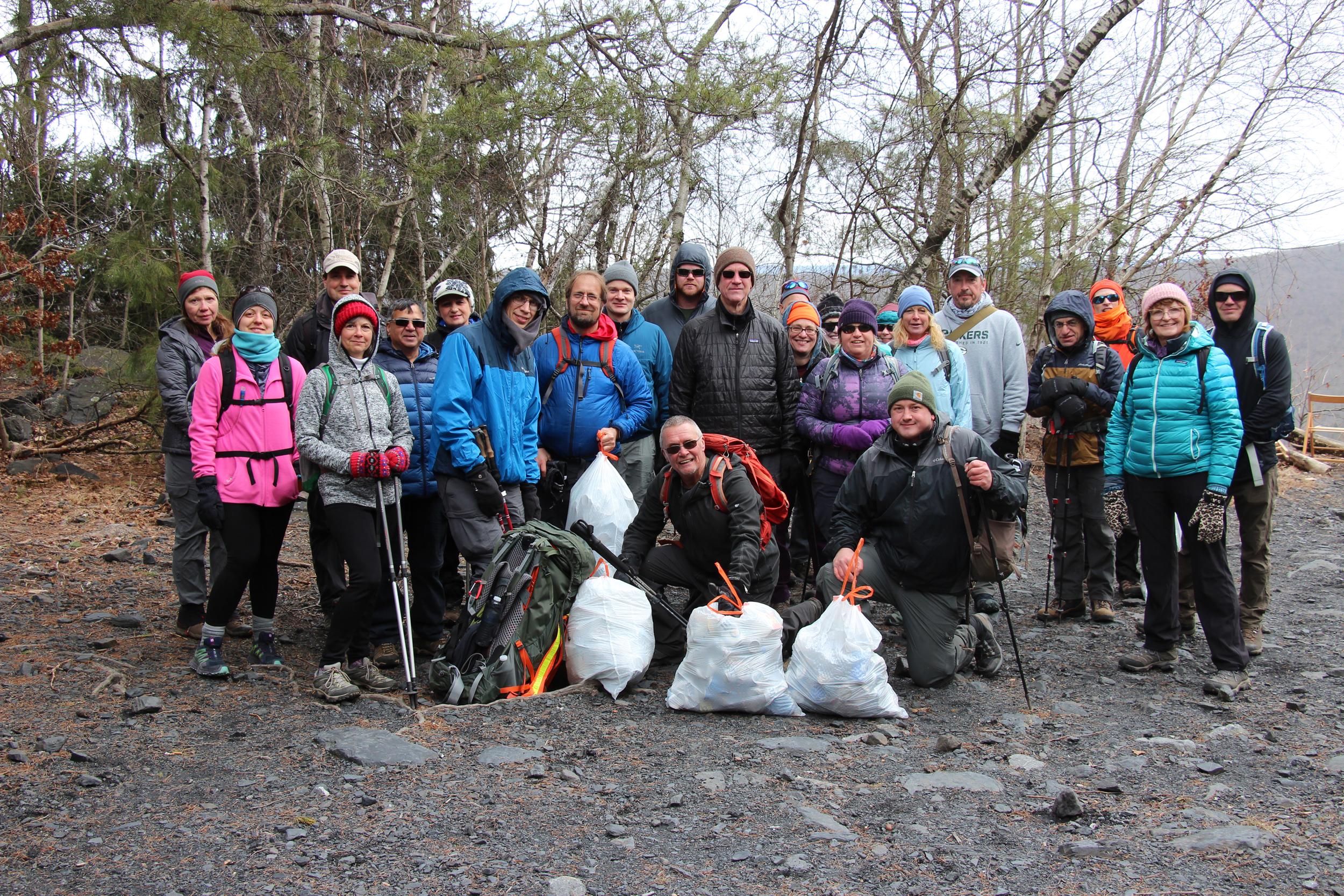 group-trash-clean-up-conservation
