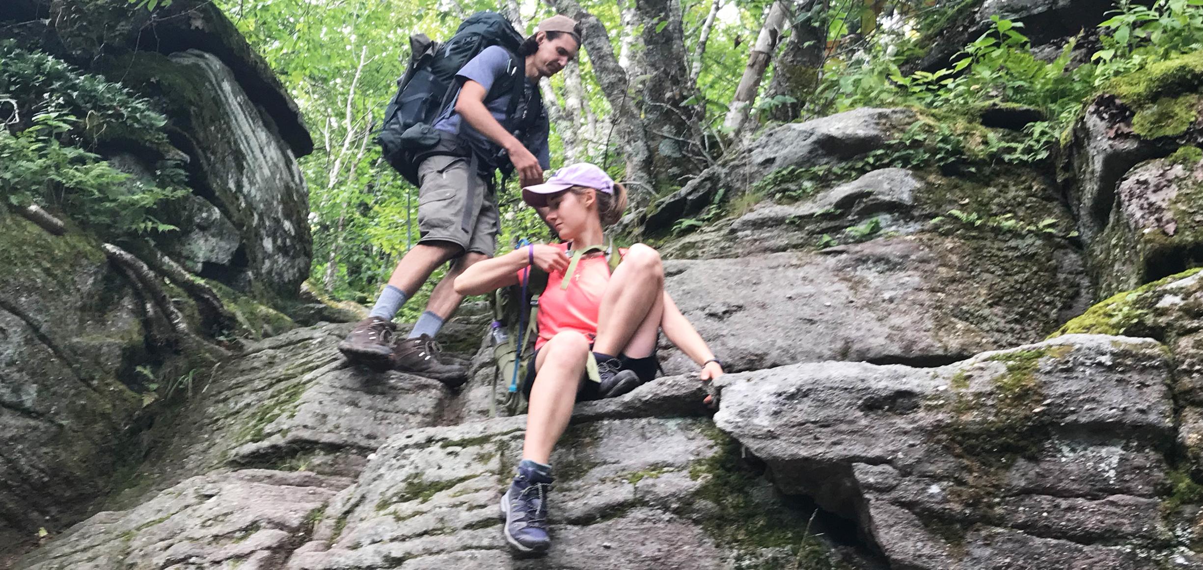 slide-mountain-wilderness-backpacking-climb-down